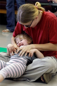 Mother-and-child-in-playgroup